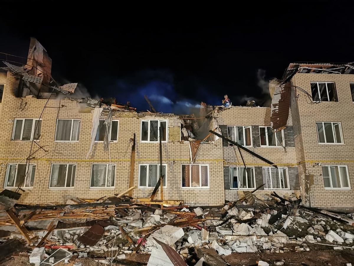 Telegram: газ в рухнувший дом в Дальнеконстантиновском районе незаконно провела фирма экс-главы поселка - фото 1