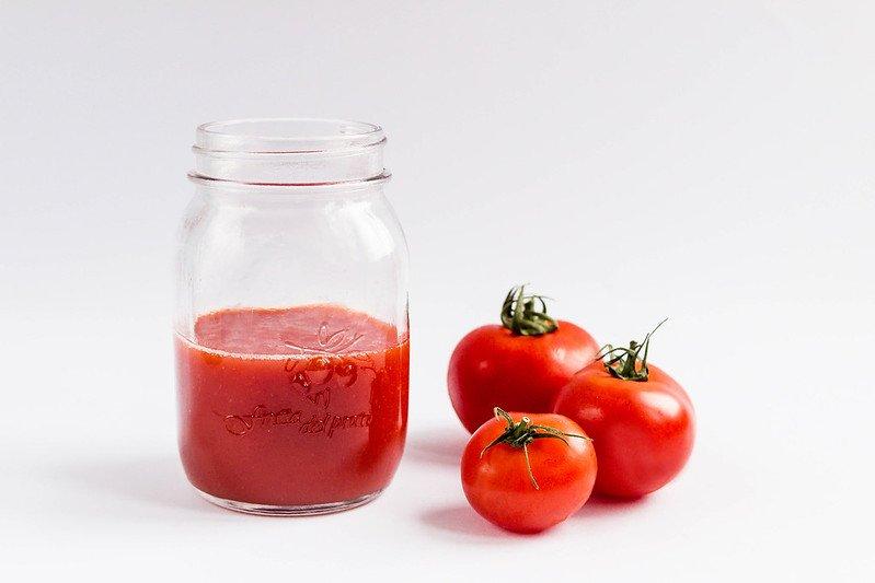 Росконтроль назвал марки некачественного томатного сока - фото 1