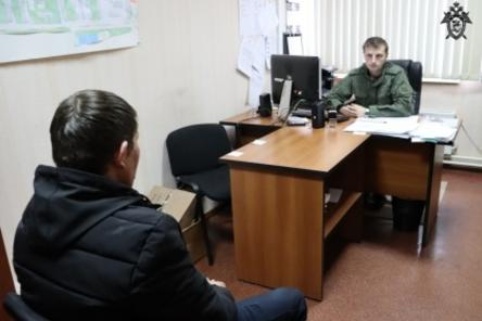 Подозреваемый в убийстве семьи в Приокском районе доставлен на допрос