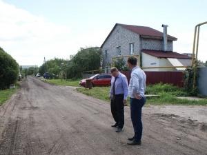 В Ленинском районе за два дня построили дорогу в частном секторе