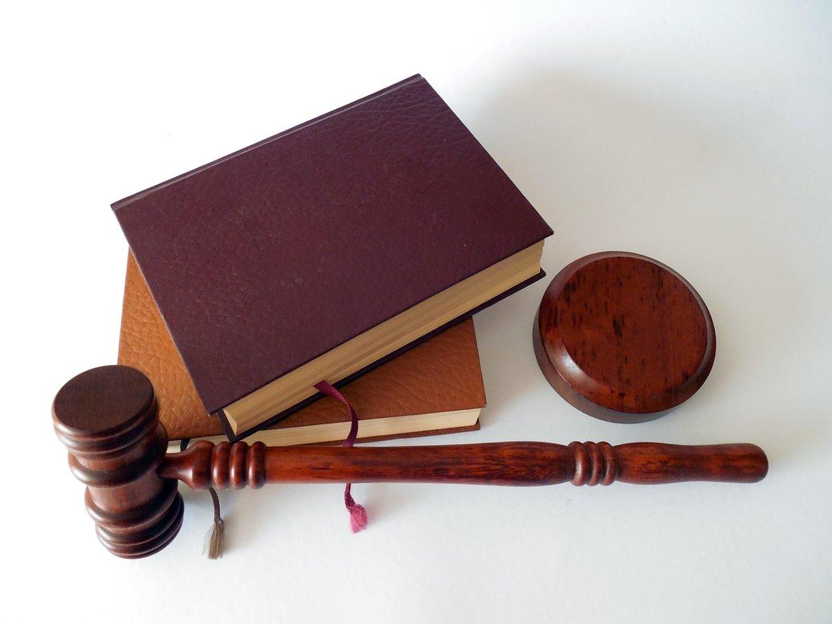 Адвокат из Навашинского района будет судиться с 76-летней женщиной из-за оскорблений - фото 1