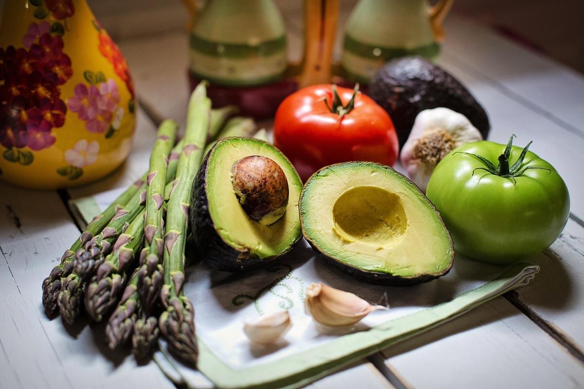 Эти семь продуктов лучше не варить перед употреблением - фото 1