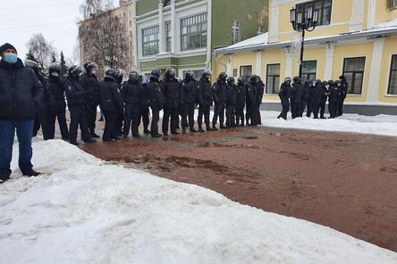 Число задержанных на митинге в Нижнем Новгороде возросло до 114