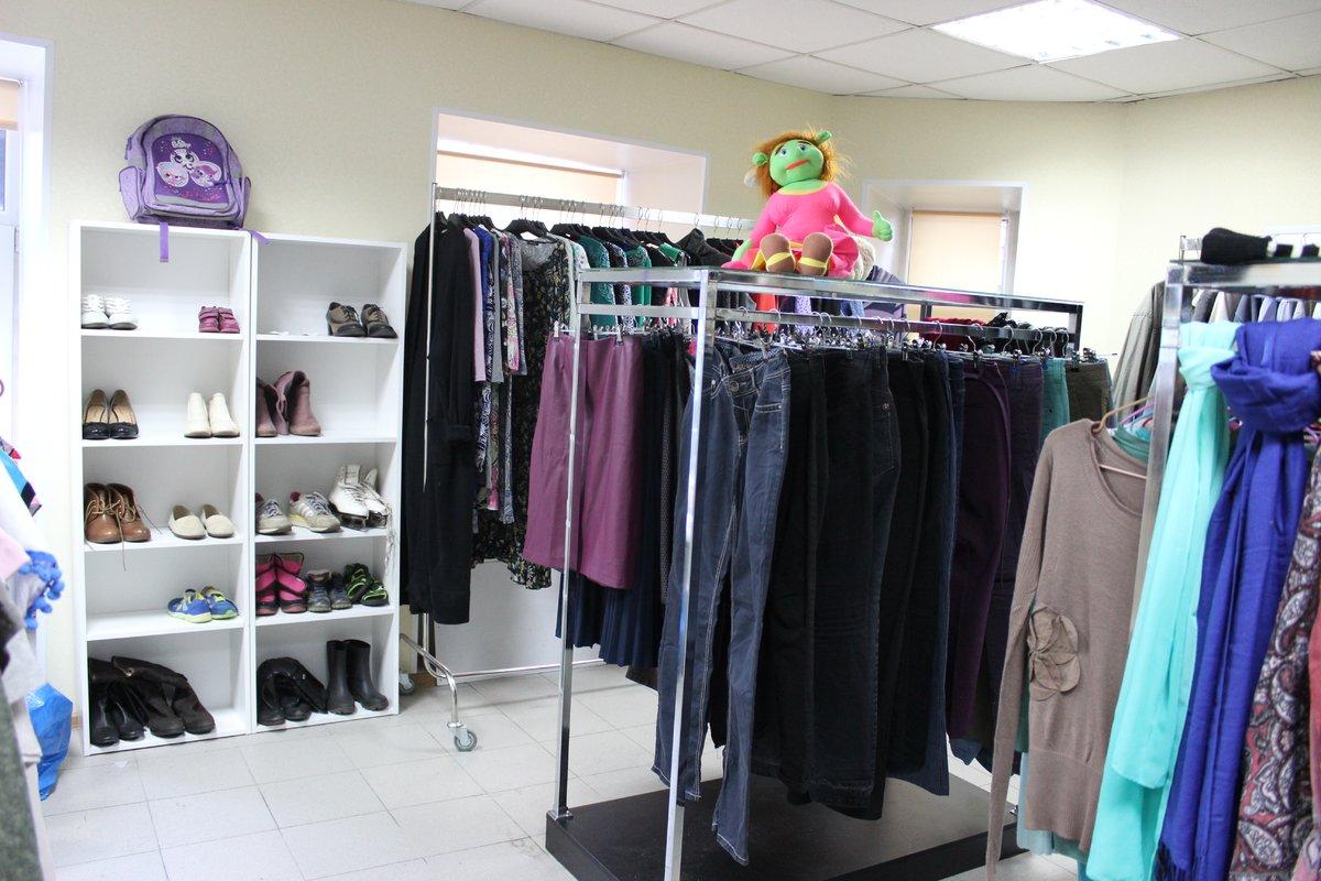 Стартап или благотворительность: в Нижнем Новгороде открылся магазин с бесплатной одеждой - фото 4