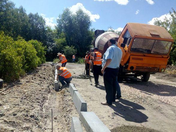 Участок дороги в Канавинском районе начали ремонтировать по просьбам жителей - фото 1