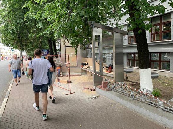 В Нижнем Новгороде начался монтаж еще двух «умных» остановок - фото 2