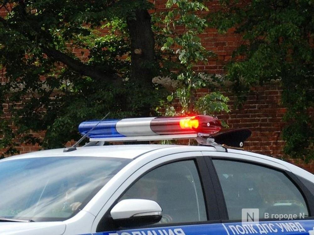 Пьяный водитель пытался подкупить инспекторов ДПС в Кстовском районе - фото 1