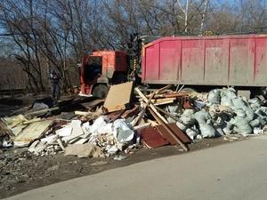 700 кубометров мусора вывезли с улиц Сормовского района