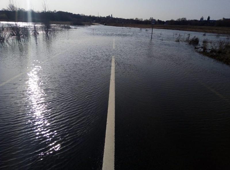 Участок автомобильной дороги затопило в Павловском районе - фото 1