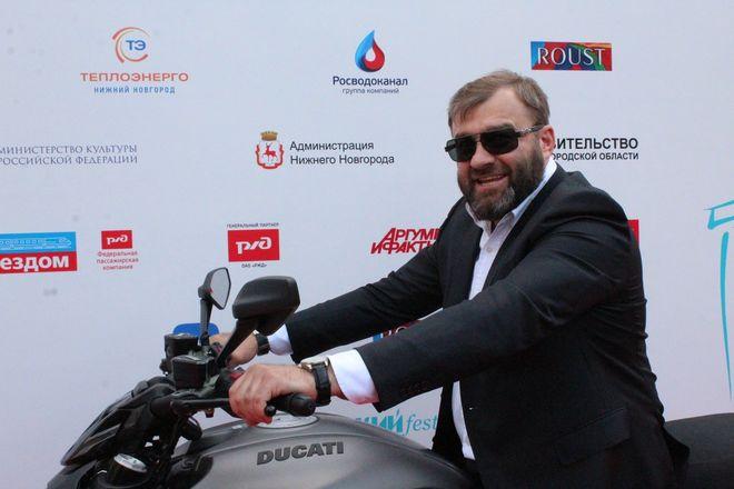 Звезды российского кино приехали в Нижний Новгород на «Горький fest» - фото 27